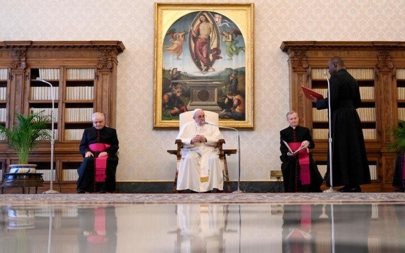 Papa Francisco   La oración es la primera fuerza de la esperanza