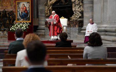 Papa Francisco | El Espíritu Santo nos recuerda que, ante todo, somos hijos amados de Dios; todos iguales, en esto, y todos diferentes