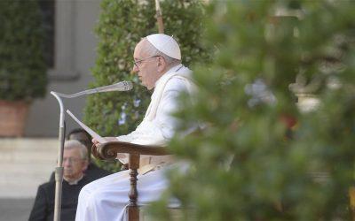 Papa Francisco | Todo ha sido preparado en el diseño de Dios, Él teje nuestra historia, la historia de cada uno de nosotros